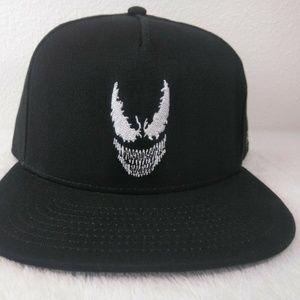 Vans Accessories - Official VANS VENOM Marvel Comics Snap Back Hat Ne a25bc4fe50f